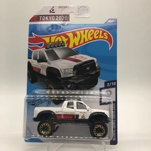 Hot Wheels '10 Toyota Tundra